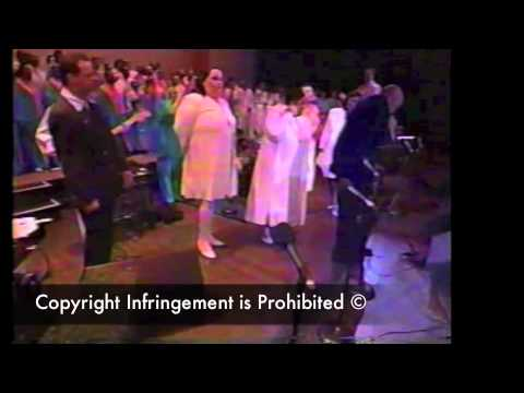 Walter Hawkins & Friends (Love Alive 5 Unreleased Footage) - A Shield About Me