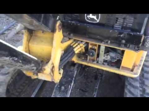 John Deere 35 Excavator, tip the cab