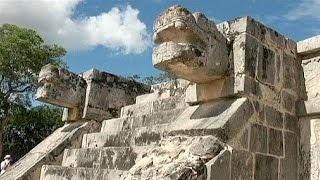 اكتشاف بئر عميقة تحت هرم تشيتشن إيتْزا في المكسيك    14-8-2015