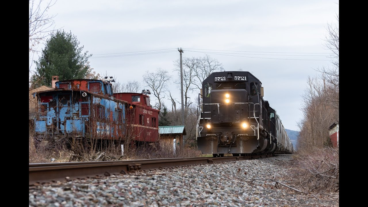 The Lehigh Railway:  Southbound out of Sayre