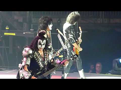 KISS - Crazy Crazy Nights - o2 Arena, London - May 2017