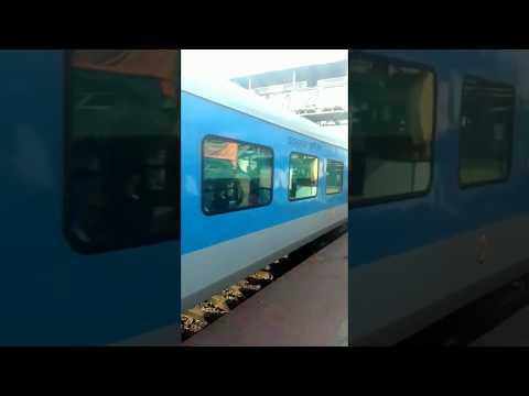 INDIA TO BANGLADESH ; kolkata to dhaka train ; MAITRI Exp.