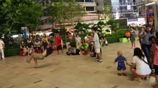 Алексей берет уроки танцев , Паттайя Тайланд