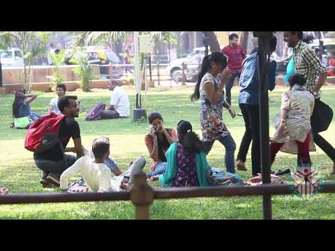 FARTING IN PUBLIC PRANK / PRANK GONE WRONG / PRANK IN INDIA