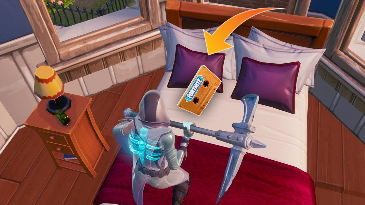 Fortnite 'Collect the Visitor recording in Starry Suburbs ...