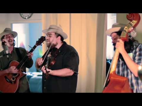 """Howling Brothers """"Illinois River"""" - Live at Suite 268"""