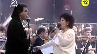 בועז שרעבי ושושנה דמארי זל   לשיר איתך הופעה חיה בקסריה