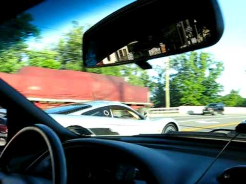 Twin Turbo Saleen S7 vs Mustang