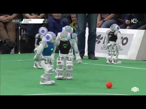GO 2015 SPL Finals: Nao-Team HTWK vs. B-Human 1st half