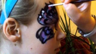 Аквагрим бабочка(Олеся Лисица, художник - аквагример. http://vk.com/akva_grim Процесс рисования бабочки на лице. Санкт - Петербург...., 2012-10-27T13:46:24.000Z)