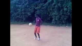 camara ladji en seance de jongle