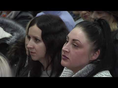 lgikvideo: Встреча Манолиса Пилавова с жителями прошла в квартале Молодежный