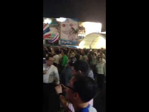 Chorus with Suthep Thaugsuban, National Stadium, Bangkok 1