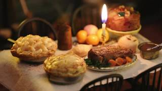 "Tiny Mincemeat Pie from ""Gretel & Hansel"" | Tiny Kitchen"