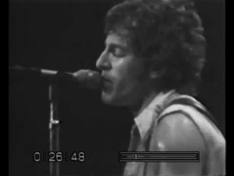 bruce-springsteen---live-at-passaic---5.-independence-day