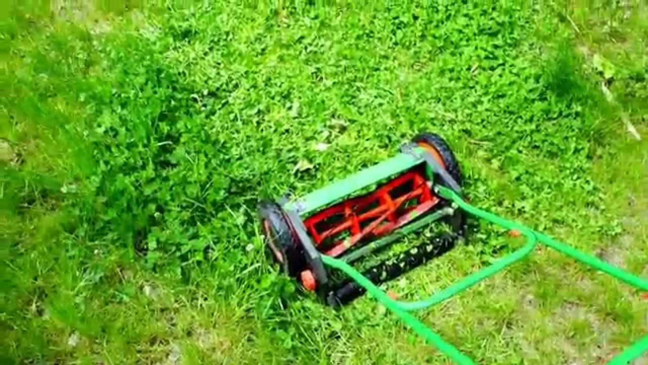 Mechanical Reel Lawn Mower Machine Review Youtube