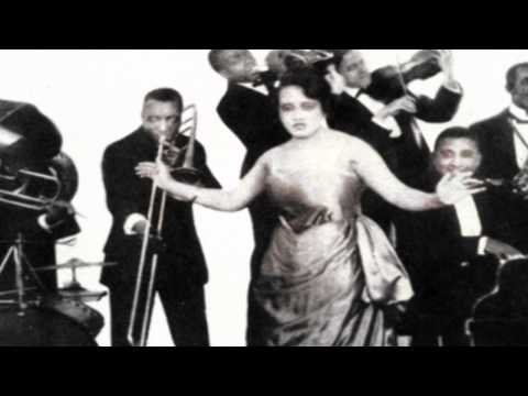 Wabash Blues - Lucille Hegamin And Her Blue Flame Syncopators (Bell Record)1921