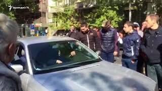 Վեճ վարորդի և ցուցարարների միջև Պուշկին-Մաշտոց խաչմերուկում