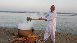 Palak Gosht Recipe | Deghi Style Palak Gosht By Mubashir Saddique | Village Food Secrets