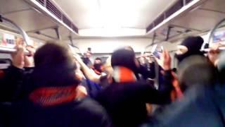 Фанаты донецкого Шахтера про Путина в киевском метро.