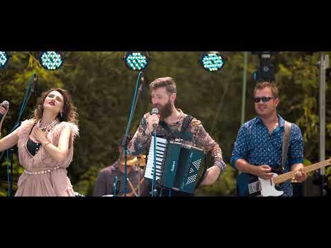 Ecaterine & Dimitri Band - Dar-ar naiba-n tine dragoste + Casuta Noastra