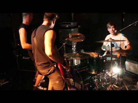 Mute - Burning Wreck (live)