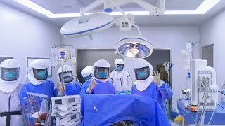 World's first COVID-19 patient gets lung transplant in China