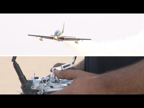 Rashed Almuhairi flying Aermacchi MB339 at UAE TOP JET 2012 - Alfursan UAE Team