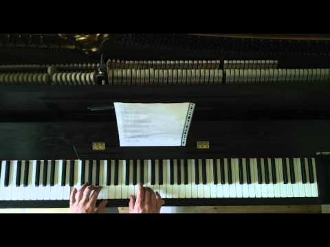 Hallelujah Piano Instrumental Karaoke (in G major)