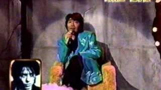KOROKKE imitates Ryuichi.