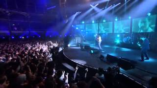 Repeat youtube video Arctic Monkeys - iTunes Festival 2013 - Full