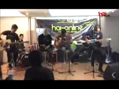 APEL ( now VOLTA ) - Angkuh live @ HAI-Online Mini Stage