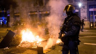 Protesters clash with police in central Barcelona over new coronavirus restrictions