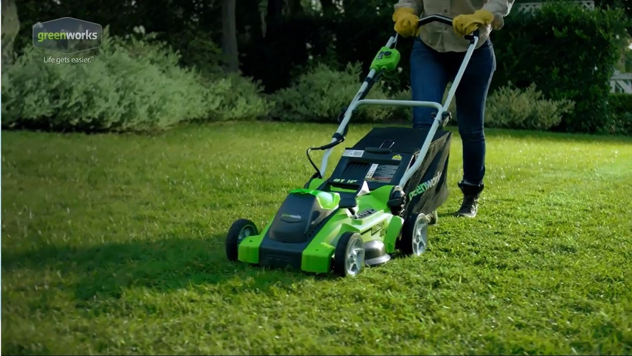 Greenworks G-MAX 40V 16 in. Cordless Mower - 25322 - YouTube