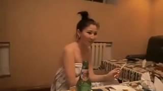 Узбечки проститутки в МОСКВЕ обслуживали клиентов в гостиничном номере, превращённом в бордель.2017г