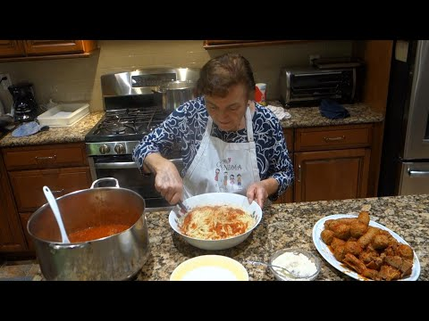 Italian Grandma Makes Homemade Italian Sauce