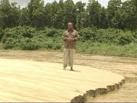 Pathways from Poverty feature on 'Krishi Dibanishi' (Bangladesh TV)