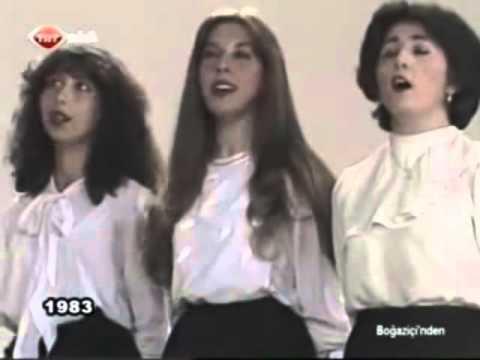 İbrahim Tatlıses - Karanfil Deste Gider (TRT 1983)