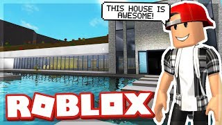 BUILDING THE SUBSCRIBER HOUSE! - ROBLOX