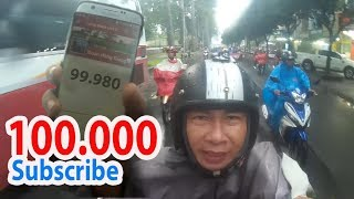 Vội vã về nhà trong mưa để chào đón 100.000 Subscribe