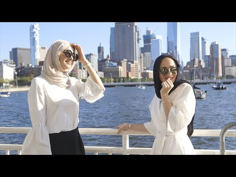 How These Hijabi Bloggers Mix Modesty And Modern Fashion | Hannahgram