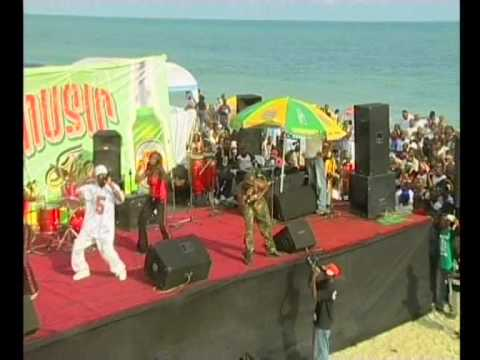 2face Idibia PERFORMING - OLE @THE 8th ANNUAL KENNIS MUSIC FESTIVAL