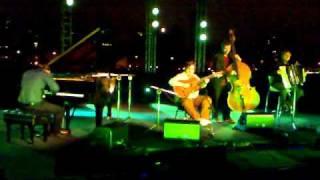 Play Drume negrita