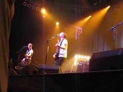 Quicksand (clip) - Travis in Orlando mp3