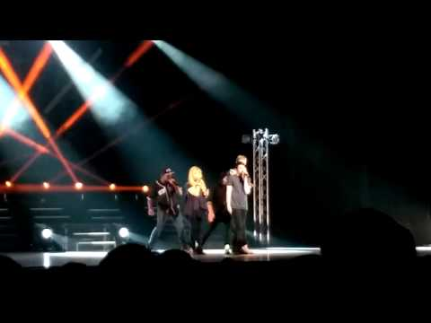 Pentatonix - Royals (Live)