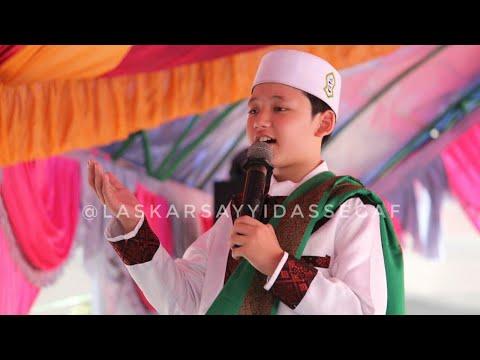 Merdunya suara ALWI ASSEGAF menyentuh hati saat melantunkan Sholawat nabi dan Ayat suci AL-Qur'an