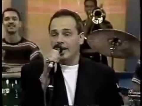 Jhonny Rivera - Por Eso Ella Esta Conmigo