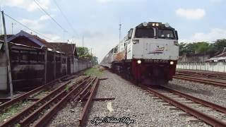 Download Video 10 Kereta Api Raja Super Ngebut MP3 3GP MP4