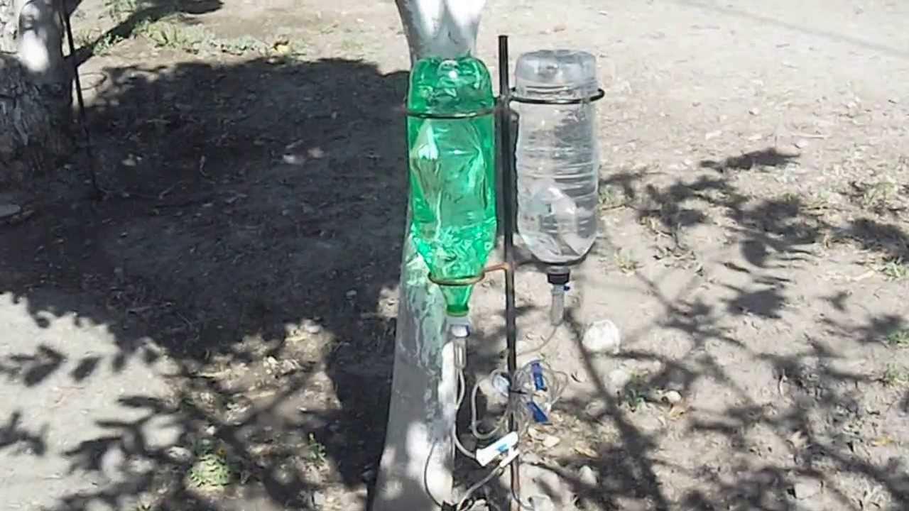 Sistema riego por goteo utilizando una botella pet 2 for Aspersores para riego de jardin
