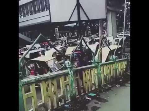 Gojek dan Becak Bentrok di Medan